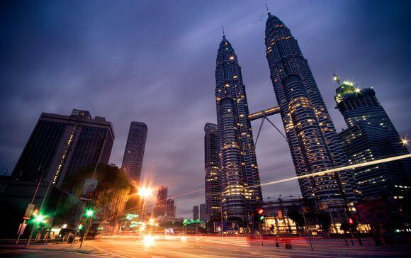 Facts on Malaysia: Kuala Lumpur Petronas Twin Towers