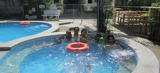 Matabungkay Batangas: La Primavera Beach Resort swimming pools